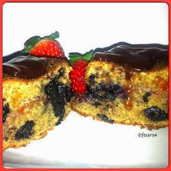 bolo-de-frutas-vermelhas