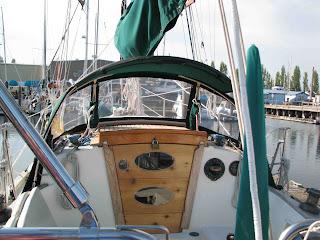 Water Bottle Cockpit Storage: Hereu0027s An Idea For Keeping A Nalgene Water  Bottle Under Control Under The Cockpit Dodger. This Little Pocket, Below,  ...