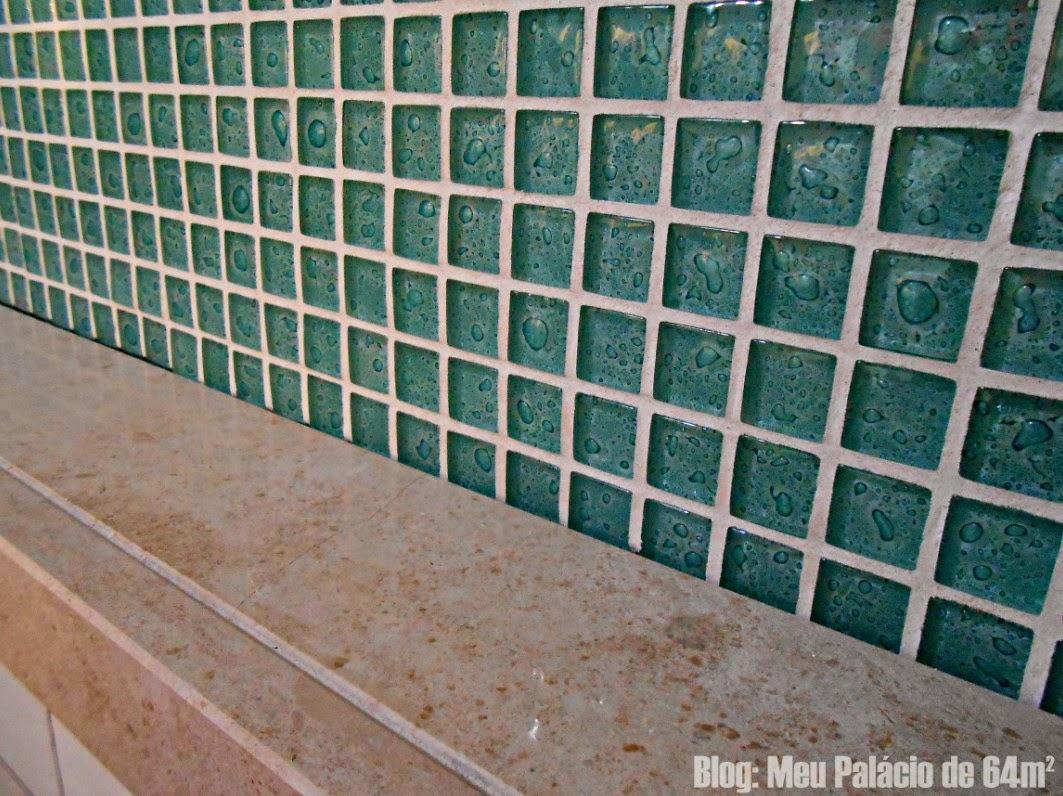 Pastilhas verde água no nicho #18413A 1063x796 Banheiro Branco Com Pastilhas Verde