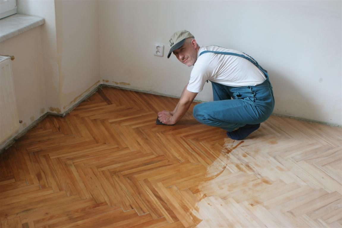 Smithfarm - the Brain: Parquet floor renovation / Renovace parket