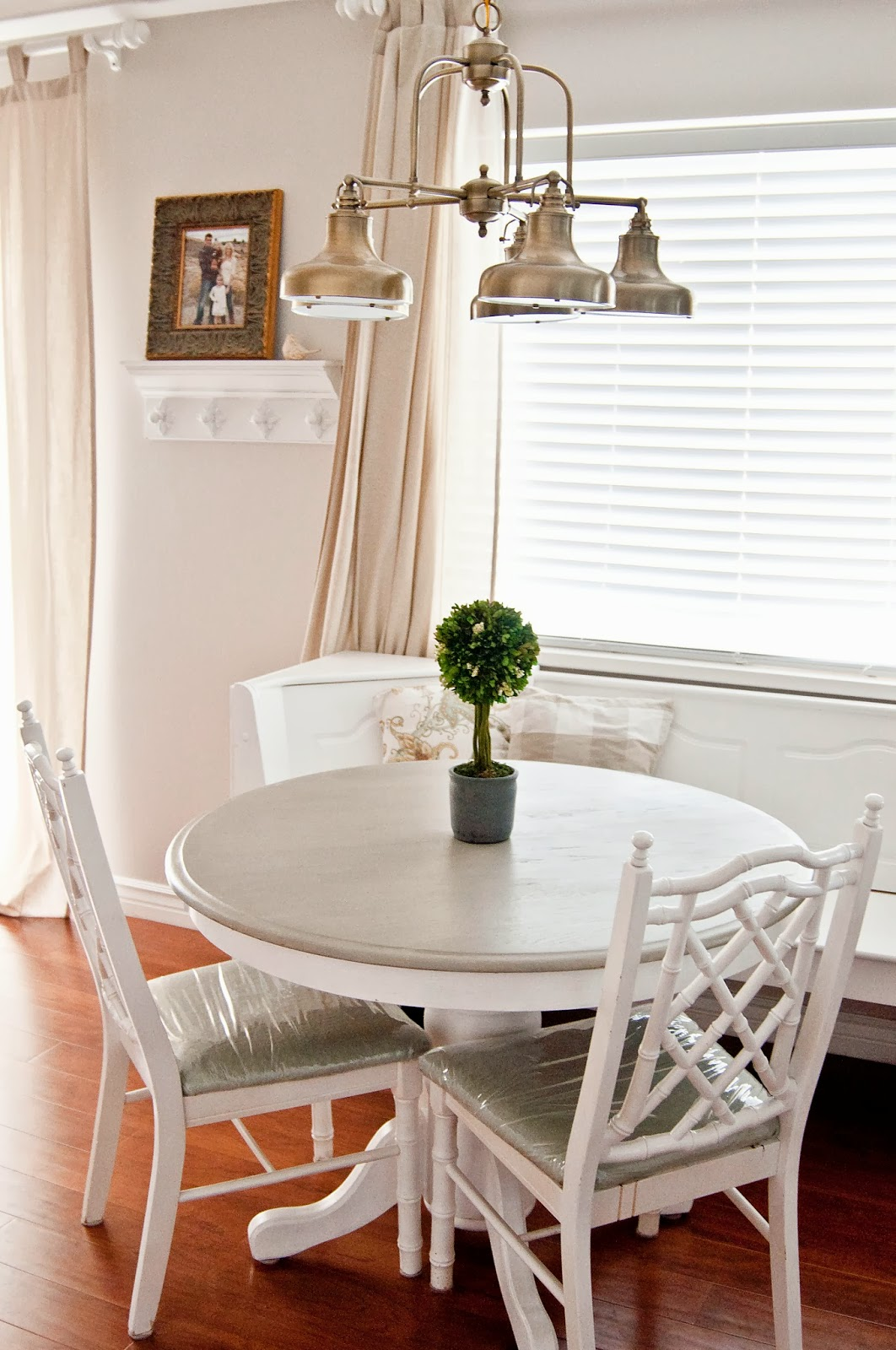 A Few of My Favorite Things My DIY Breakfast Nook