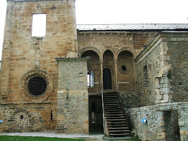 MONASTERIO DE CARRACEDO