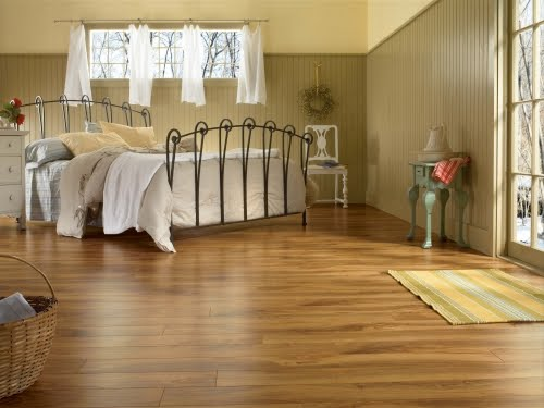 Bedroo M Laminate Flooring Laminate Flooring Is Essentially Layers Of