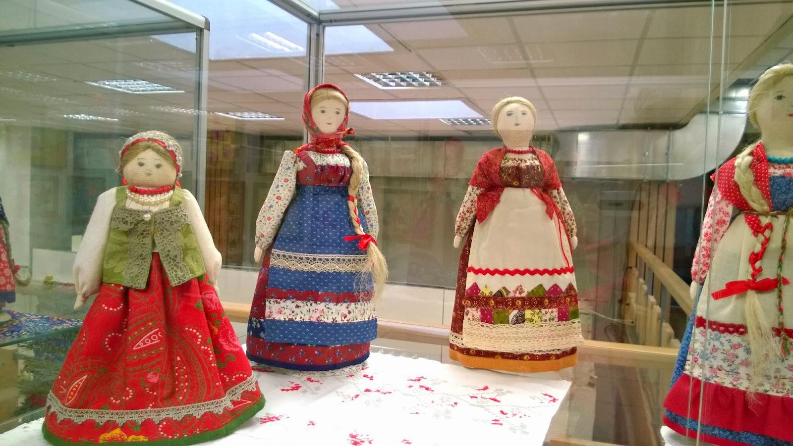 выставка текстильных кукол 2014