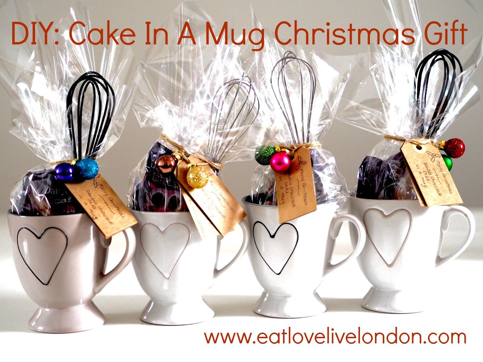 DIY: Cake In A Mug Christmas Gift (Double Chocolate Cake) - Eat ...