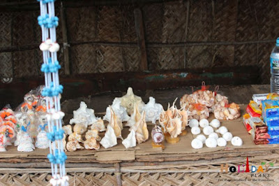 Sea shells and other products on sale in dhanushkodi