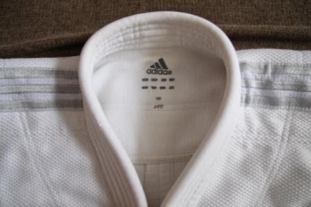 judogi Adidas JFIT J930