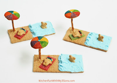 """Easy Teddy Bear Beach Cookies & a """"beary"""" cute party! KitchenFunWithMy3Sons.com"""