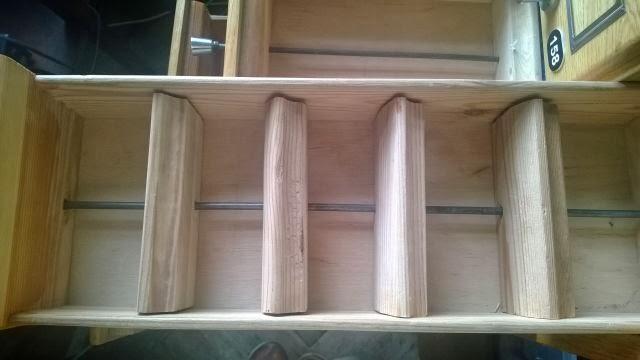 są takie dwie szafki w naszym domu,które....