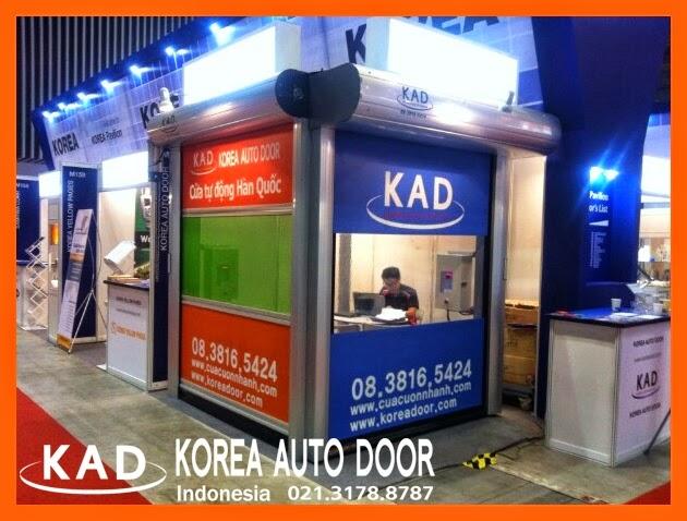 a photo of exhibition held in Vietnam showing high speed doors