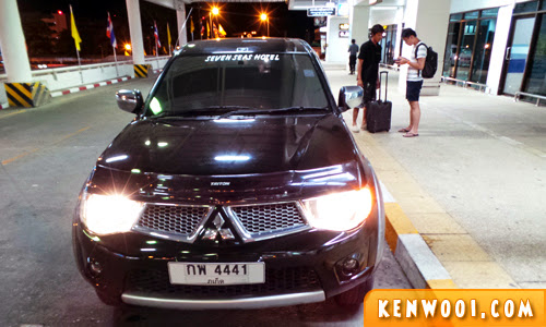 hotel airport transfer
