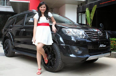 PROMO MOBIL TOYOTA FORTUNER IIMS 2013