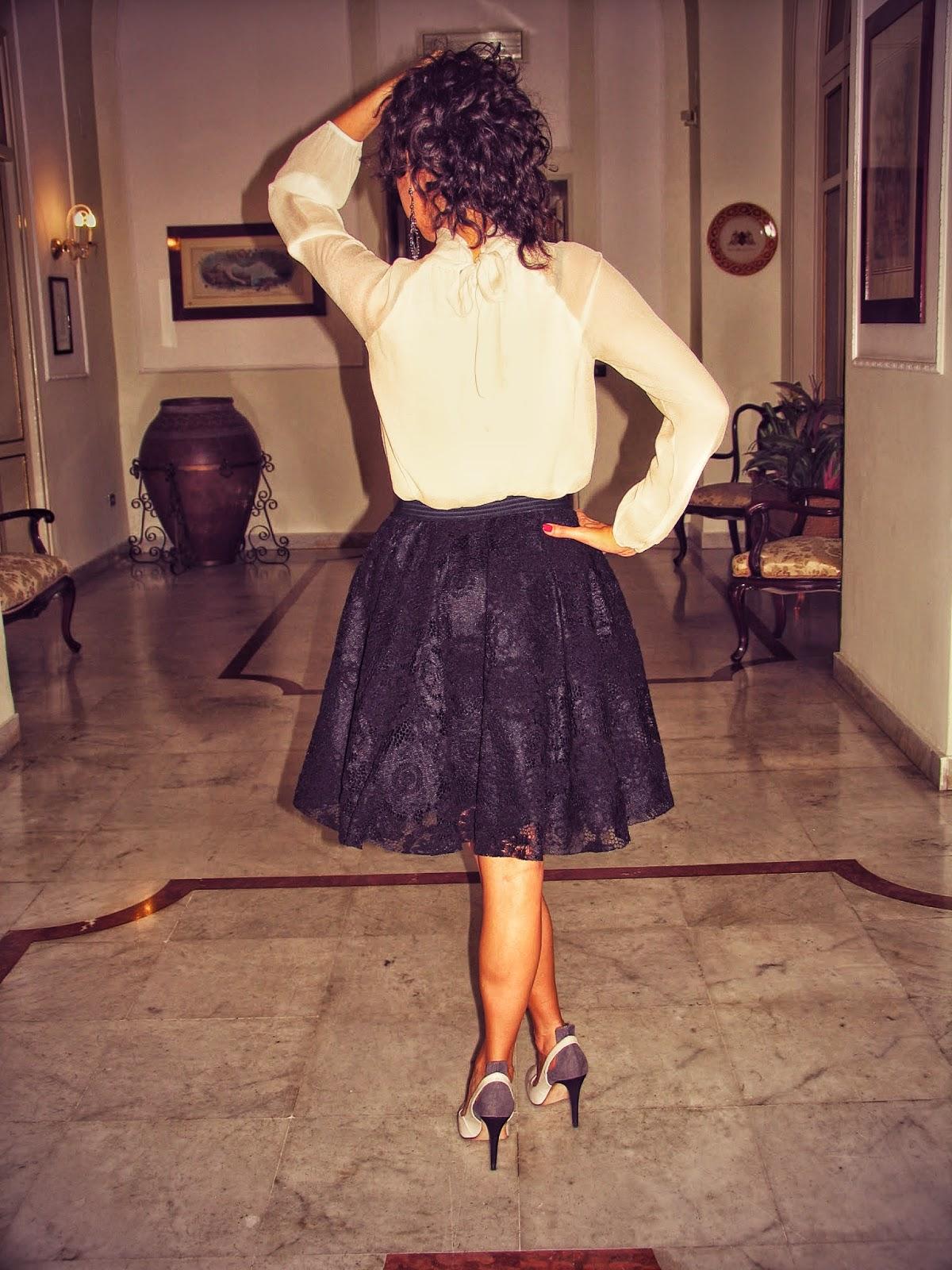 silk, blouse, skirt, lace, black, white, #lasciarpaviola