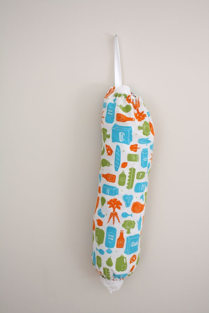 Minute grocery bag holder tutorial