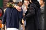 SSelesai Mengikuti Wajib Militer, Kangin Super Junior disambut anggota personil SUJU yang lainnya.