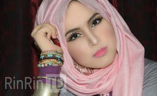 Jenis Jilbab untuk Bentuk Wajah Inverted Triangle