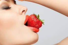 Bibir merah permanen