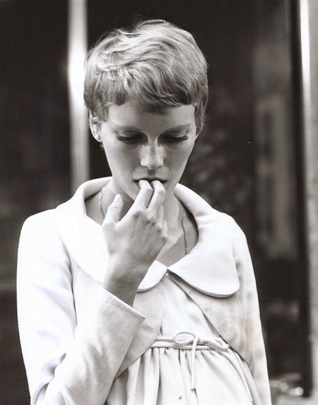 30 Beautiful Portraits of Mia Farrow With Pixie Haircut in ... | 640 x 815 jpeg 67kB