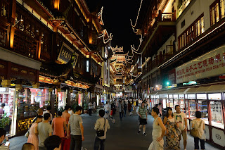 Yu Garden shopping area in Shanghai