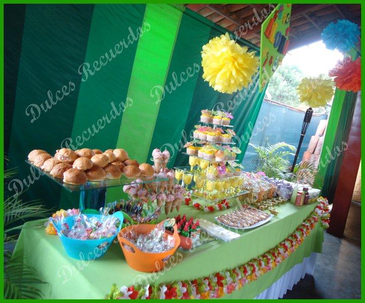 Decoracion Hawaiana Facil ~ Foto Dulces Recuerdos Candy bar y centros de mesa