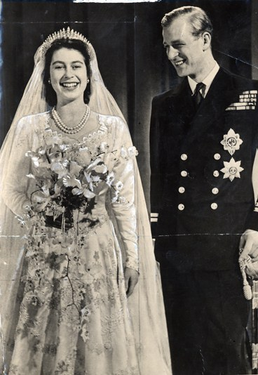 queen elizabeth wedding photo. queen elizabeth wedding. queen