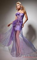 Атрактивна лилава ракля с прозрачна пола и богата украса, дизайнер Tony Bowls