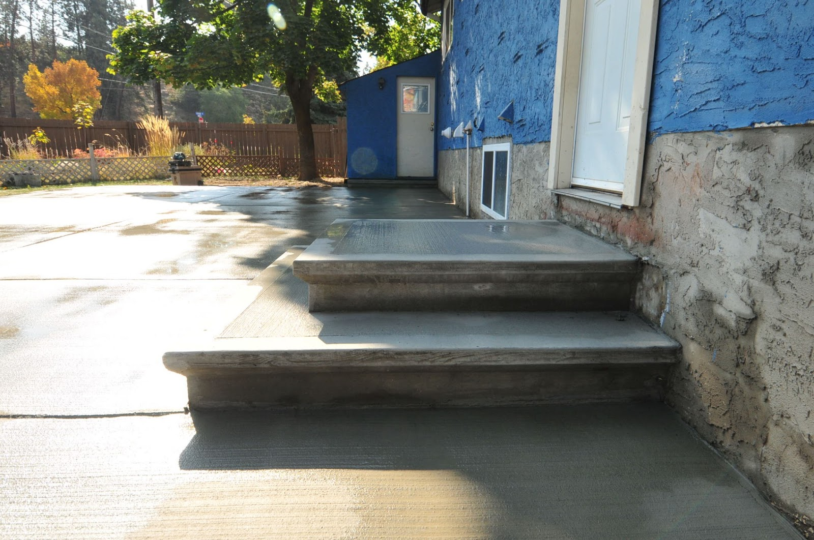 MODE CONCRETE Concrete Patios Concrete Stairs Concrete