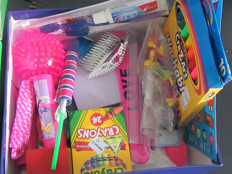 operation christmas child: fill a shoebox!