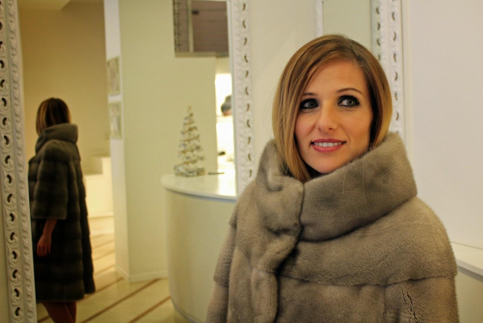 Eniwhere Fashion - Naoni Pellicce - Pelliccia in visone iris blu
