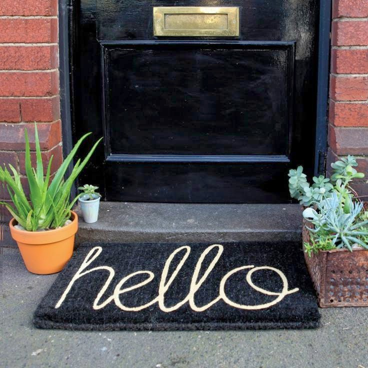 "DIY ""hello"" Doormat / The Twisted Horn"
