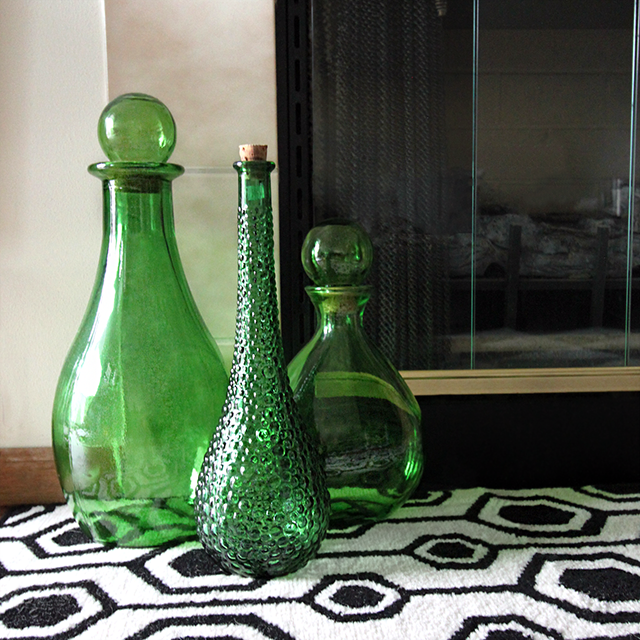 #thriftscorethursday Week 85 Green Glass Vases | www.blackandwhiteobsession.com