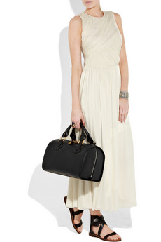 Style in Town: Chlo¨¦ Aurore Leather Duffel Bag
