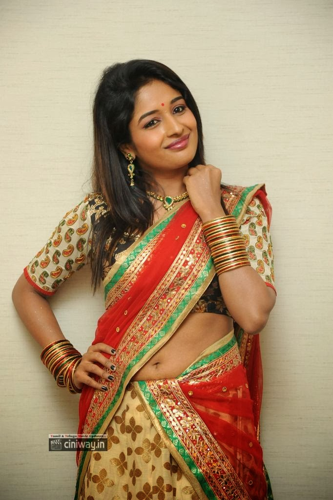 Esha-Ranganath-New-Photos