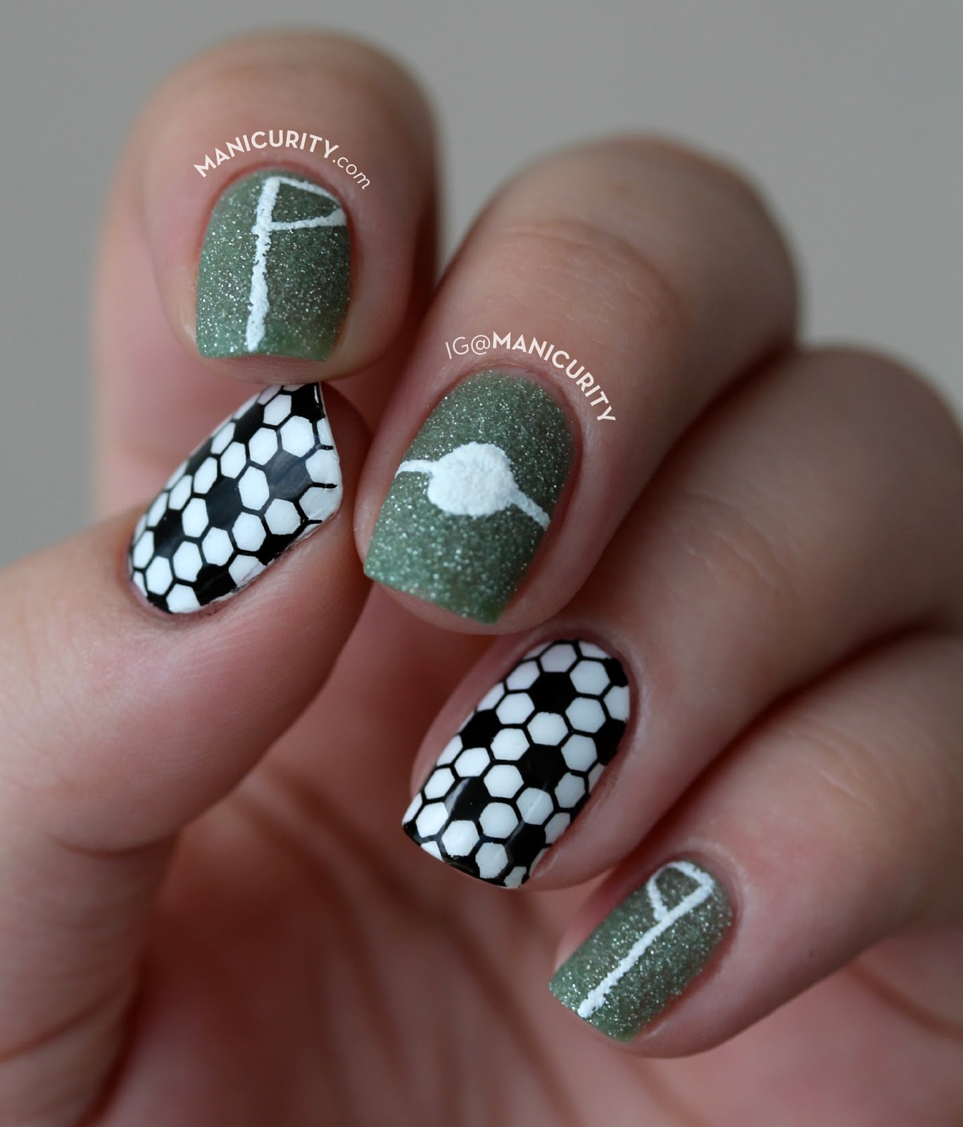 #BecauseFutbol Nails - Simple DIY Soccer Nail Art for FIFA World Cup 2014 | Manicurity.com
