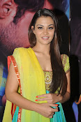 Nazia hussain latest glam pics-thumbnail-6