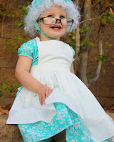http://translate.googleusercontent.com/translate_c?depth=1&hl=es&rurl=translate.google.es&sl=en&tl=es&u=http://www.makeit-loveit.com/2012/10/halloween-costumes-2012-the-granny-from-little-red-riding-hood.html&usg=ALkJrhhUQ0_gkmXwpnw9MPshqW1KJ-Y1ug