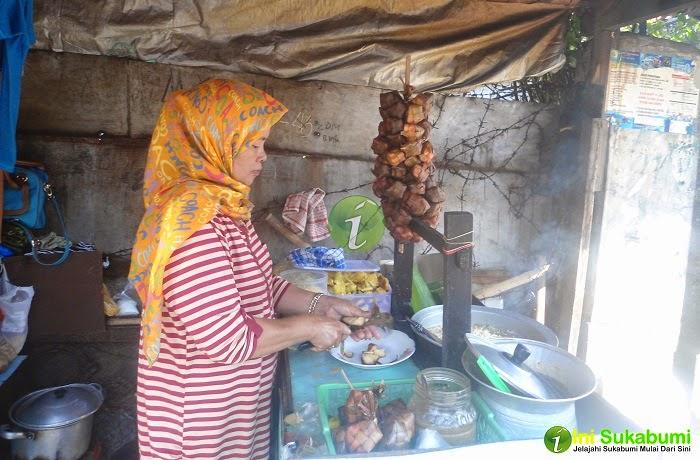 Geco Samsat, Geco Ibu Yayat
