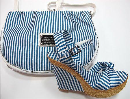Сандали и чанта на райе в бяло и синьо