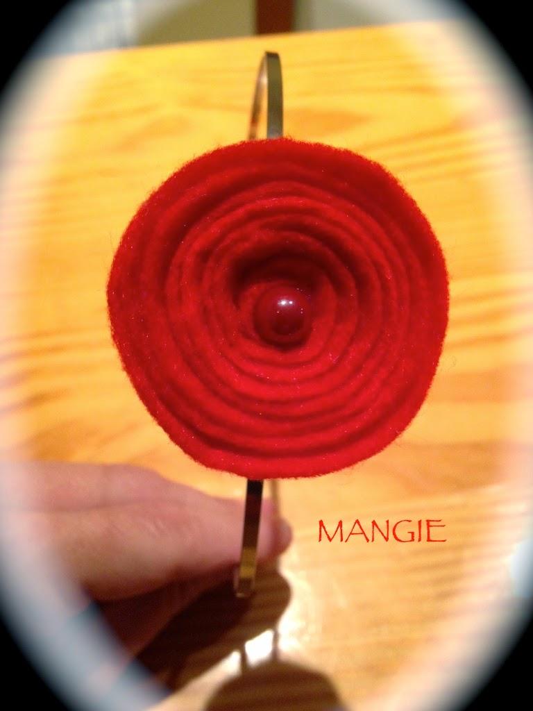 Diadema rosa roja