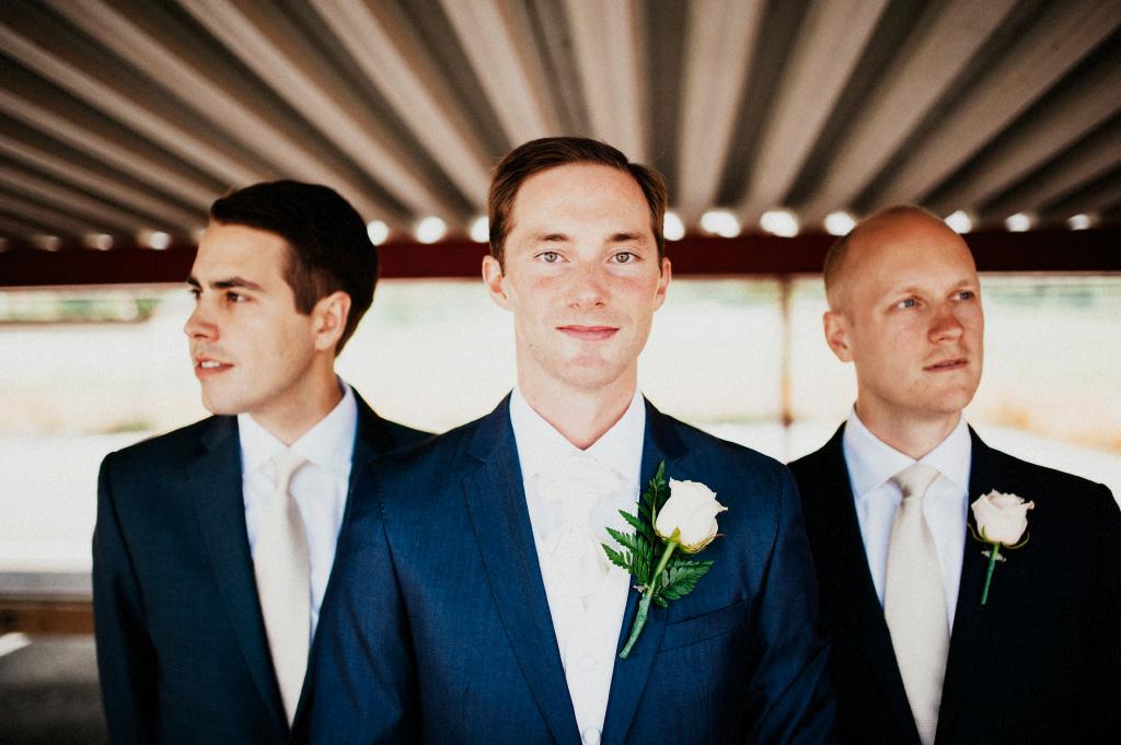 Bröllopsfotografering vid Lugnet i Falun | Brudgum