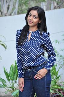 Nithya Shetty 2016 Birthday Celetion Stills in Jeans with Padesave Team