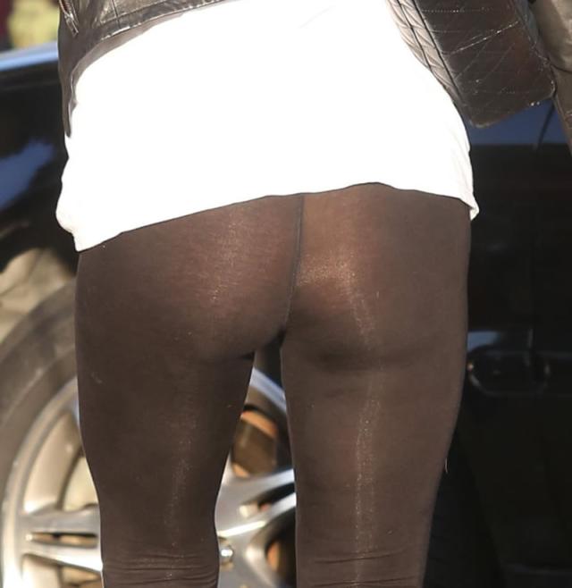 Algunas fotos actuales del trasero de Paris Hilton