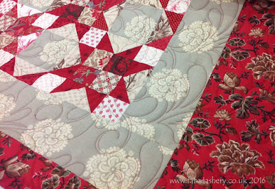 Red Stars quilt by Wendy - French General Fabric alouette