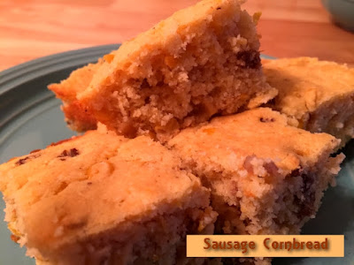 Moms Pantry: Recipe: Sausage Cornbread