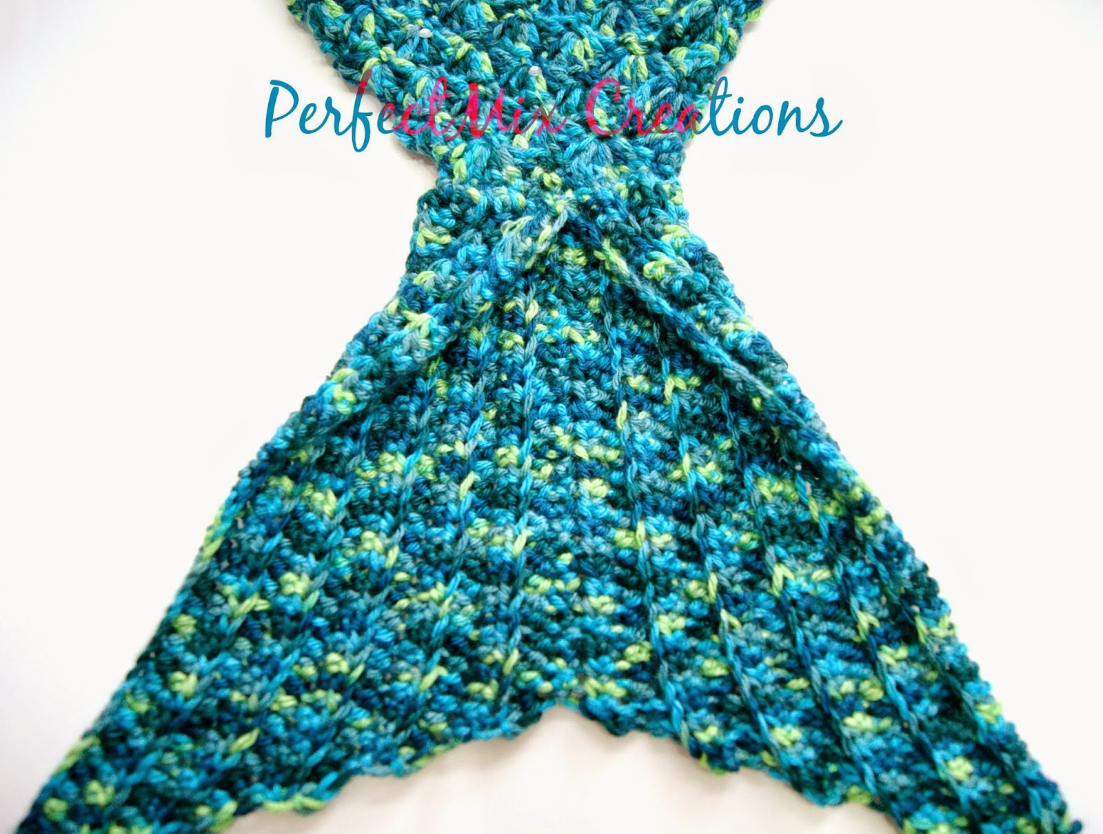 Free Crochet Pattern Mermaid Tail Blanket : Mixin it up with DaPerfectMix: Crochet Mermaid Tail Fin ...