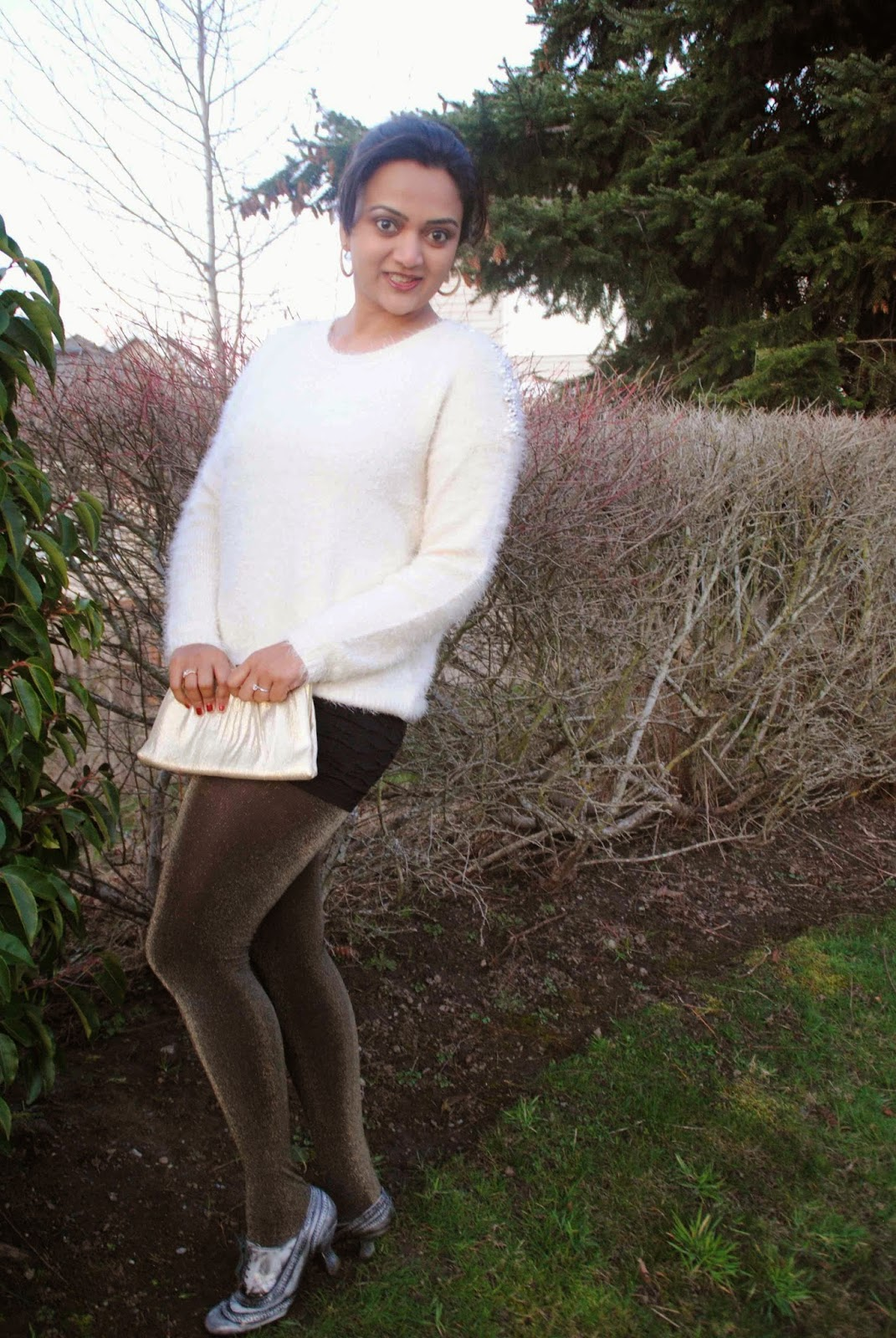flurry sweater, furry sweater, seattle fashion blogger, shiny leggings, vintage shoes, winter fashion, indian fashion blogger