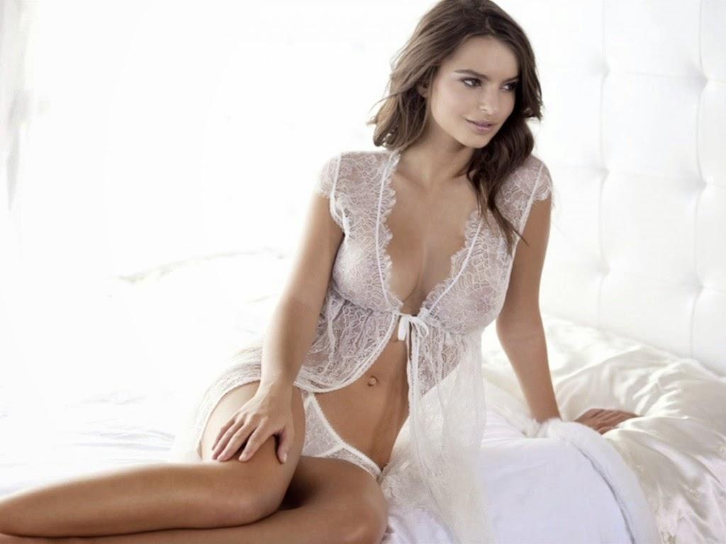 see latinas nude