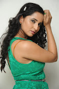 Ishika singh new hot photos-thumbnail-20