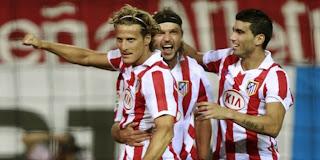 Galatasaray negociará por Forlán, Reyes y Ujfalusi