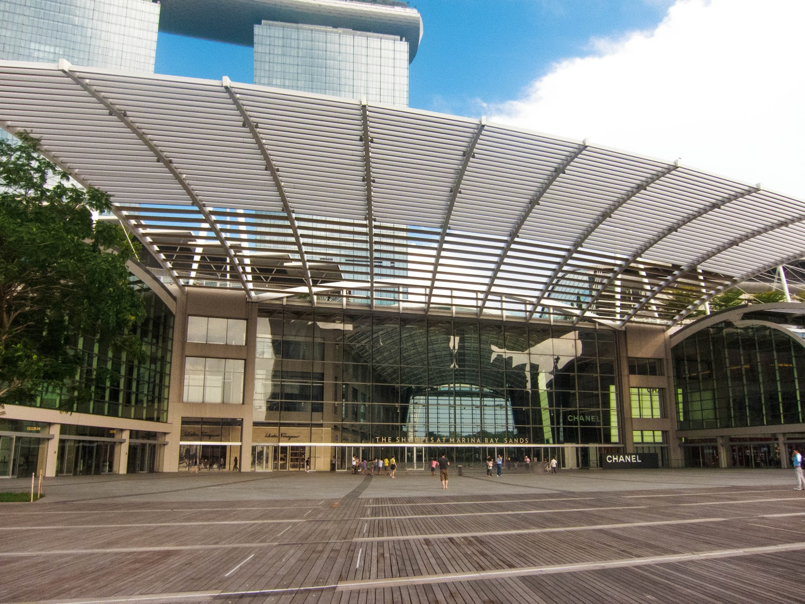 The Shoppes at Marina Bay Sands, Singapore | Svelte Salivations - Travel